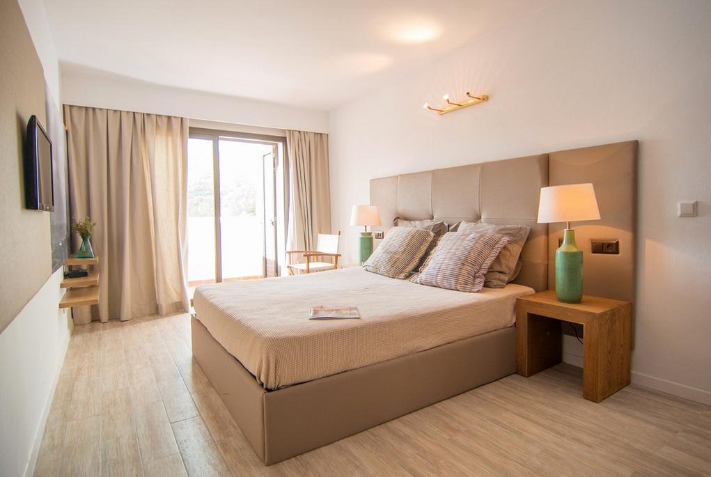 9bedroom 2