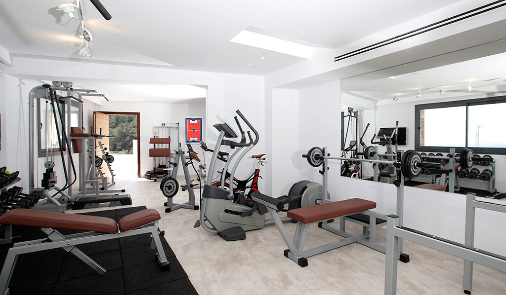 Fully-Equipped-Tecnogym1