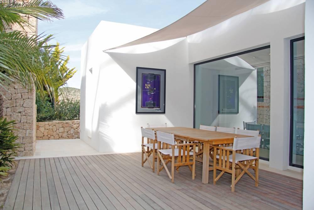 32-patio
