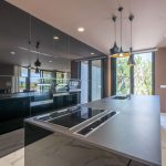 VILLA VALERIA - Black Crystal Kitchen